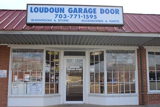 Charmant Loudoun Store Front